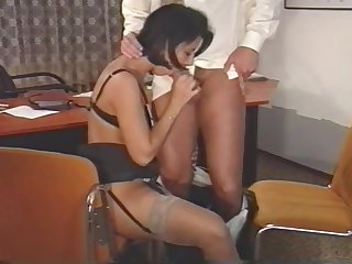 King fucks his hot secretary