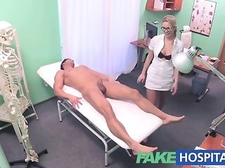 Towheaded be keen on gives a faux health center patient a gorgeous approach pornvideo