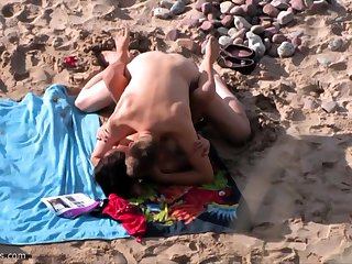 British amateur MILF sucks cock on Greek beach