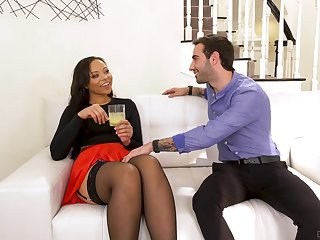 Flirty bootyful black nympho Adriana Maya drops a visit to neighbor be expeditious for sex