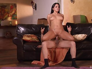 Hot unlit amazes with her strong cock riding skills