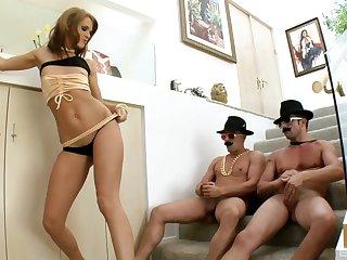 Team a few guys destroy holes of nice ass pornstar Jennifer Dark all round DP