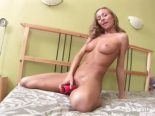 Solo blonde whittle Amely B poking the brush cunt and fingering the brush butt