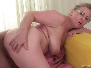 Horny Granny Vs Big Jet-black Penis - Interracial Porn