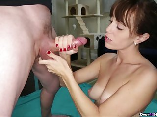 Wife pleases lover with along to most crack-brained XXX play