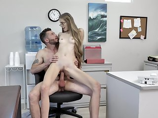 Hardcore workplace indiscretion for sultry Kyaa Chimera