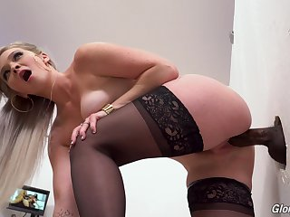 Slutty blonde in stockings Kay Carter enjoys stopping over self-regard hole room