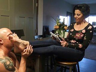 Goddess Zepphy Humiliating My Foot Slave
